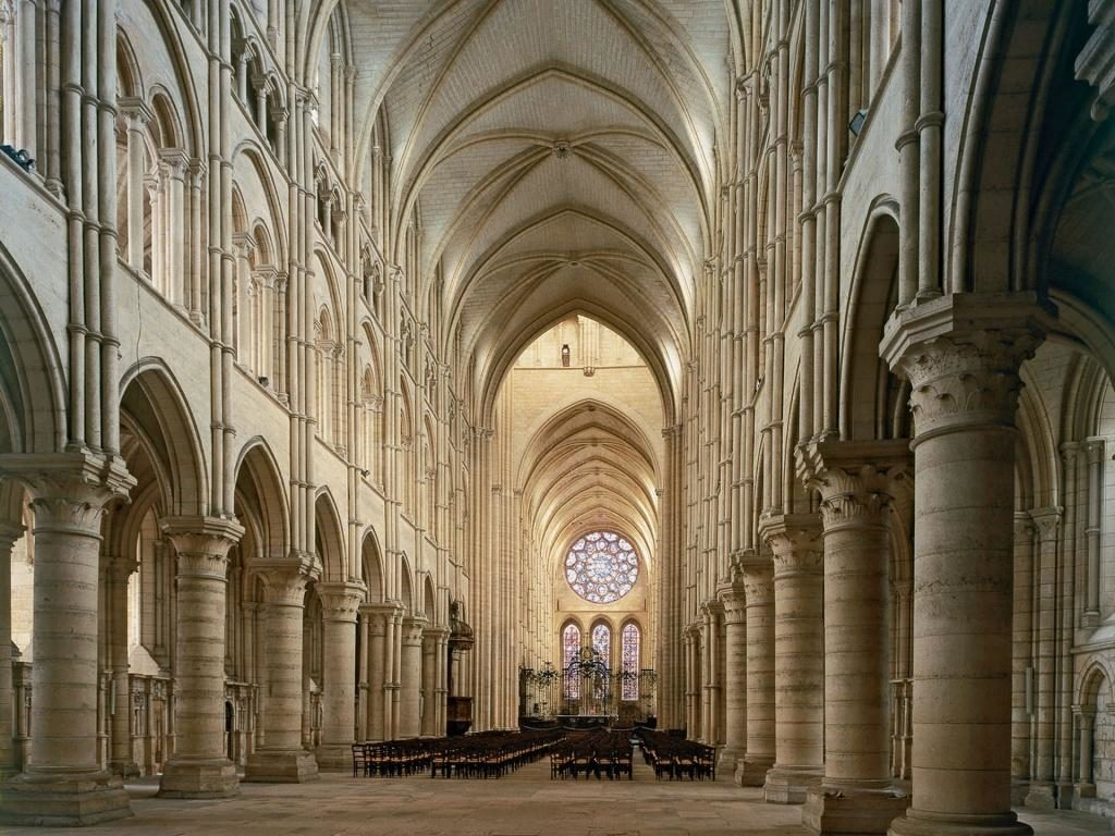 chartres-cathedral-interior
